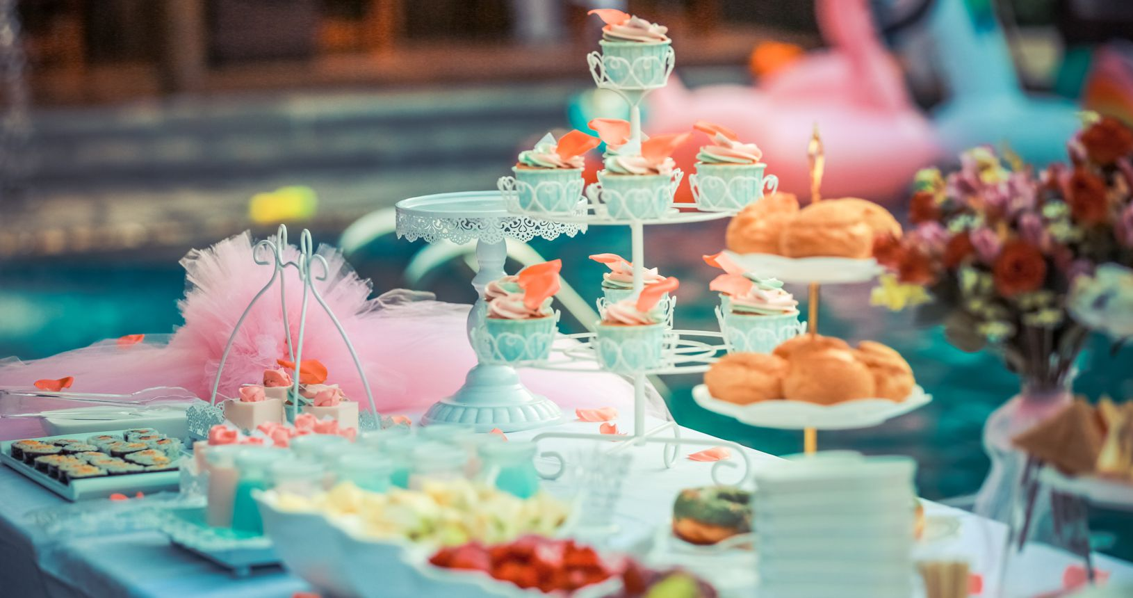 colorful-colourful-cupcakes-587739